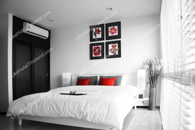 รูปของโรงแรม โรงแรม ทูวิลล่าส์ฮอลิเดย์ภูเก็ต โอเรียนทอลสไตล์ หาดในหาน