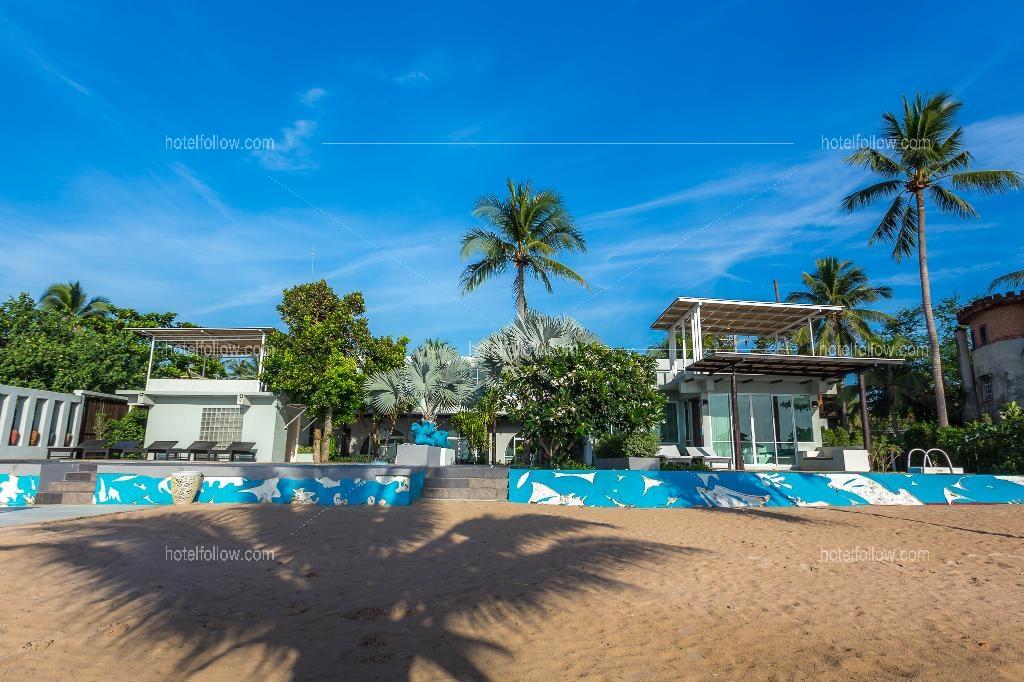 โรงแรม ธูษิฏา เวลเนส รีสอร์ท หาดอรุโณทัย ชุมพร (ชื่อเดิม ธูษิฏา รีสอร์ท แอนด์ สปา)