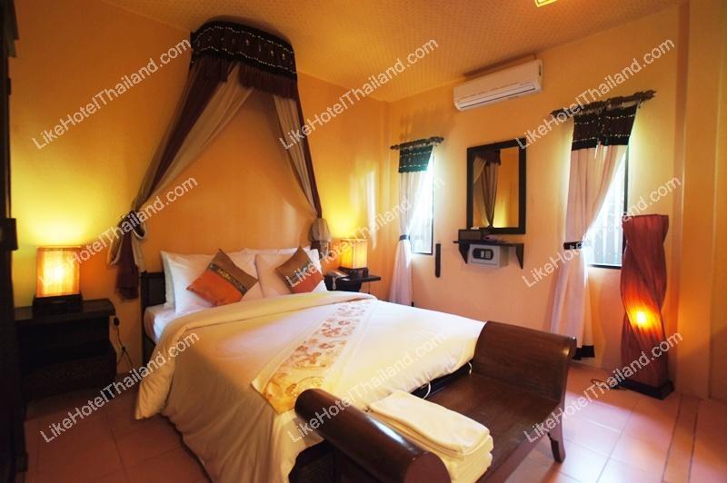 203 Junior Bali Suite