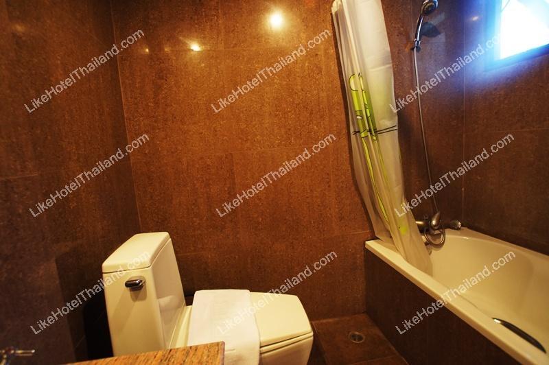 301 Junior Villa Suite