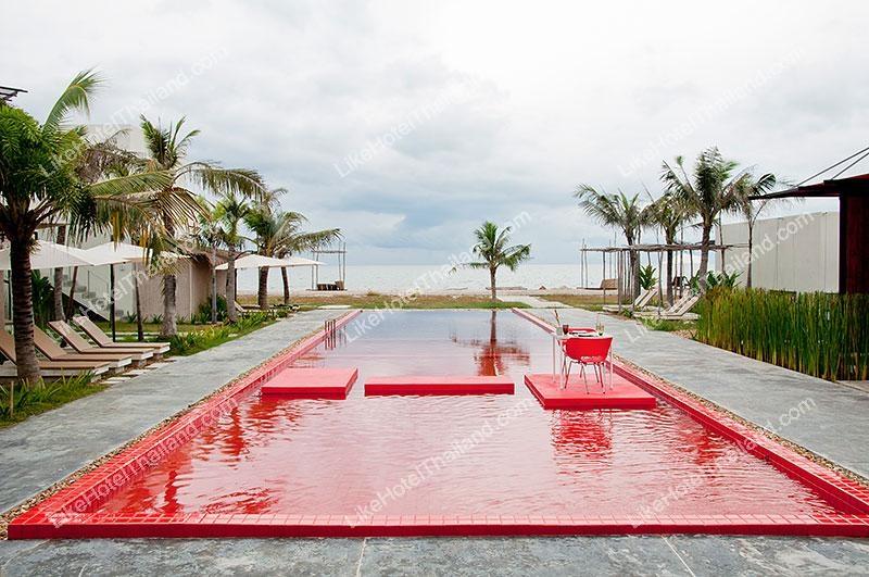 โรงแรม เรด ซี รีสอร์ท หาดปึกเตียน เพชรบุรี