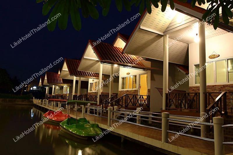 โรงแรม บ้านปลาทับทิม รีสอร์ท อัมพวา