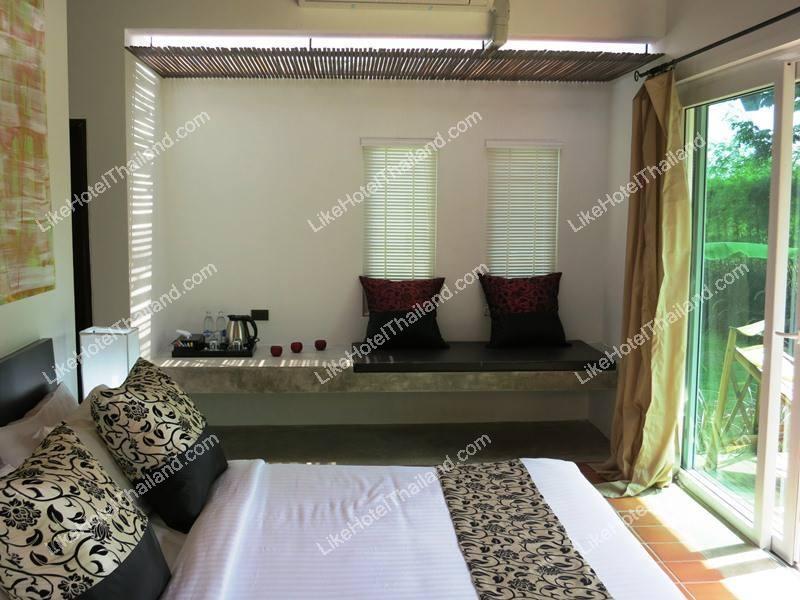 รูปของโรงแรม โรงแรม ลูเซอเน่ รีสอร์ท เขาใหญ่ (ชื่อเดิม ซามาเนีย รีสอร์ท เขาใหญ่ { บ้านเป็นหลังใกล้ปาลิโอ มีสระ }