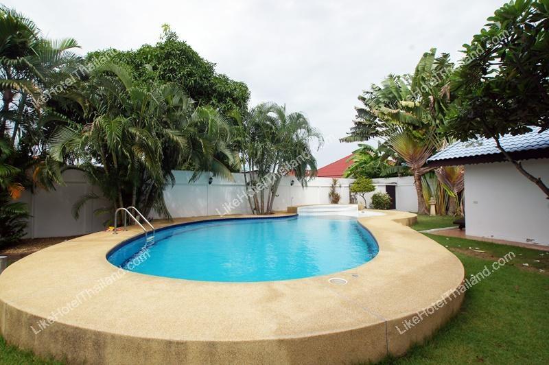 โรงแรม บ้านศศิเฮ้าส์ พูลวิลล่า หัวหิน  ( 4 ห้องนอน มี Pool Villa สระส่วนตัว ทำอาหารได้ )