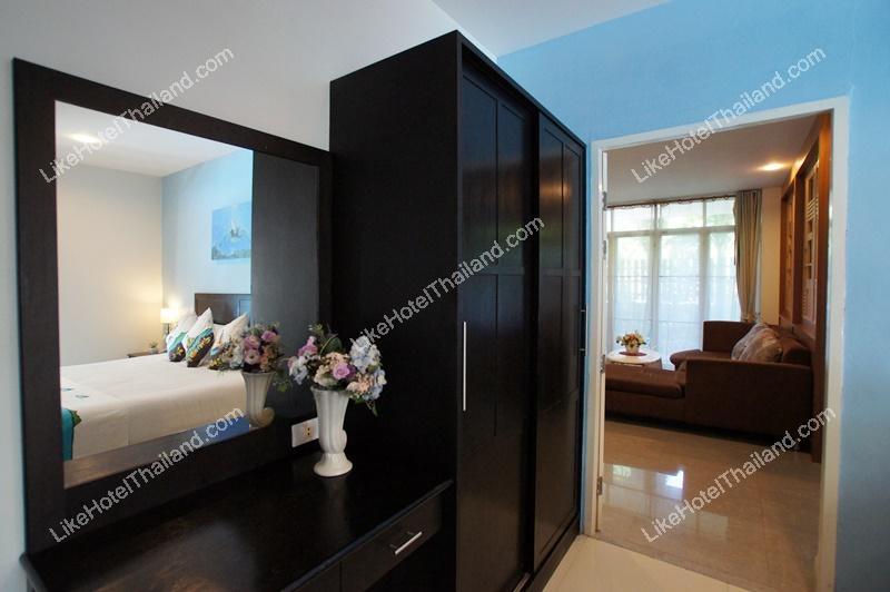 รูปของโรงแรม บ้านแฟมิลี่สวีท ระเบียงทะเล  เขาตะเกียบ ( 3 ห้องนอน มีสระน้ำ )