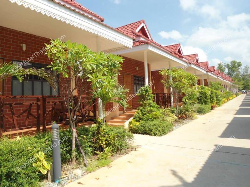 โรงแรม เมโทร แซนด์ แอนด์ ซี รีสอร์ท จันทบุรี