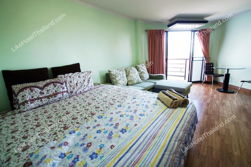 รูปของโรงแรม โรงแรม บ้านทะเลงาม หัวหิน ( ทำอาหารเบาๆ ได้ วิวทะเลสวยๆ จากห้องพัก มีสระว่ายน้ำ )