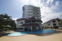 รูปโลโก้ ของ โรงแรม บ้านทะเลหรรษา หัวหิน ( 2 ห้องนอนใหญ่ ทำอาหารได้ มีสระ ติดทะเล )