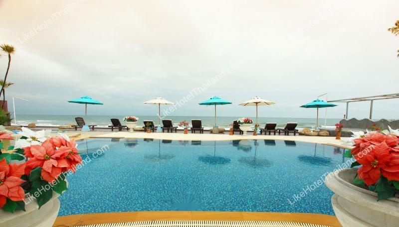 โรงแรม บ้านฝ้าย แฟมิลี่พูลวิว หัวหิน ( ติดทะเล มีสวนน้ำในที่พัก พร้อมเครื่องเล่น )