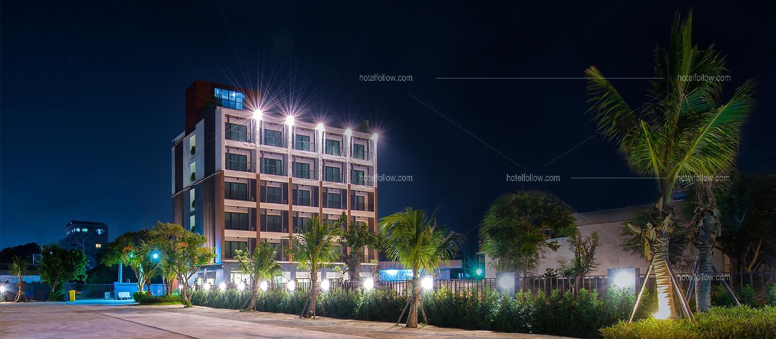 โรงแรม โคโค่ บีช รีสอร์ท หาดวอนนภา บางแสน { ติดทะเล (มีถนนกั้นทะเลกับที่พัก) }