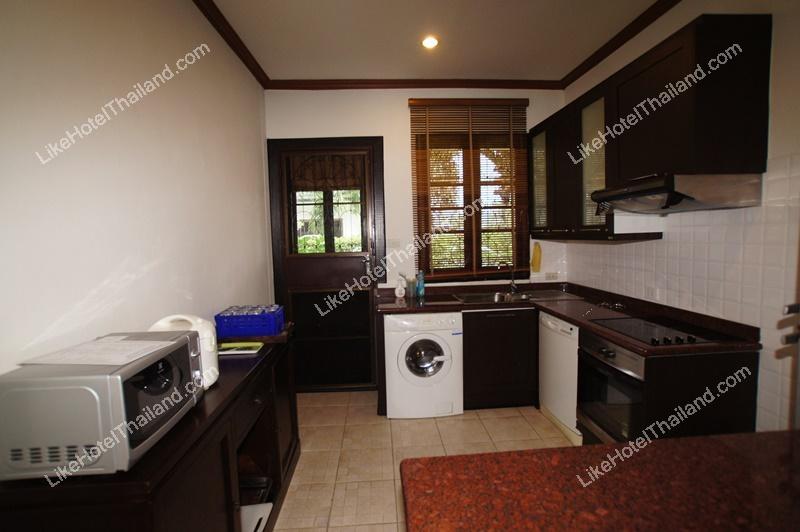 รูปของโรงแรม โรงแรม บ้านนิรุตน์ พูลวิลล่า หัวหิน { สระใหญ่ บ้านกว้าง ทำอาหาร ปิ้งย่างได้ }
