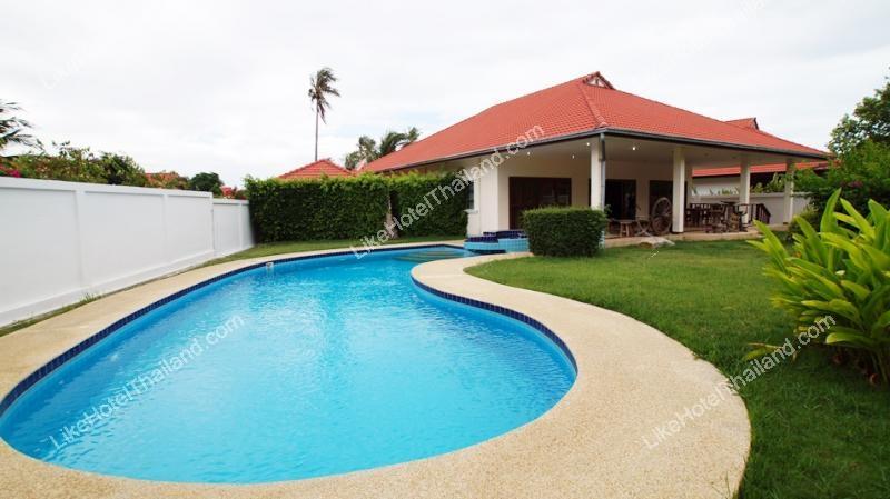 โรงแรม บ้านจีกอล์ฟ 1 พูลวิลล่า หัวหิน { 3 นอน ใกล้สวนน้ำ สระสวนตัว }
