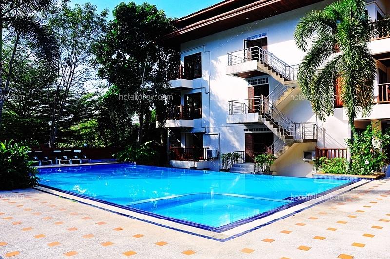 โรงแรม อลีนา แกรนด์ แอนด์ รีสอร์ท เกาะช้าง