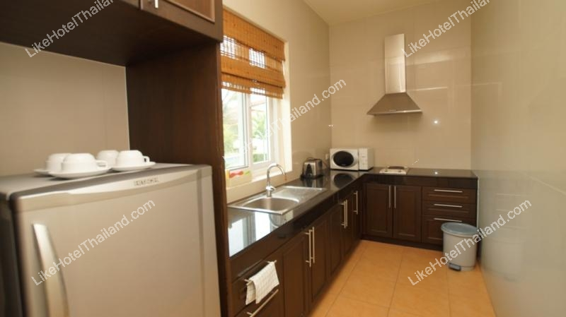 รูปของโรงแรม โรงแรม บ้านริมสระบันยัน พูลวิว หัวหิน { บ้านหรู มีครัวทำอาหาร ปิ้งย่างได้ }