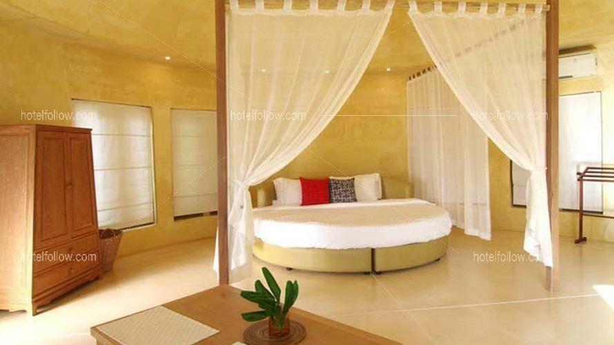 Chic Villa With Private Pool