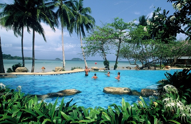 โรงแรม ซีวิว รีสอร์ท แอนด์ สปา หาดไก่แบ้ เกาะช้าง