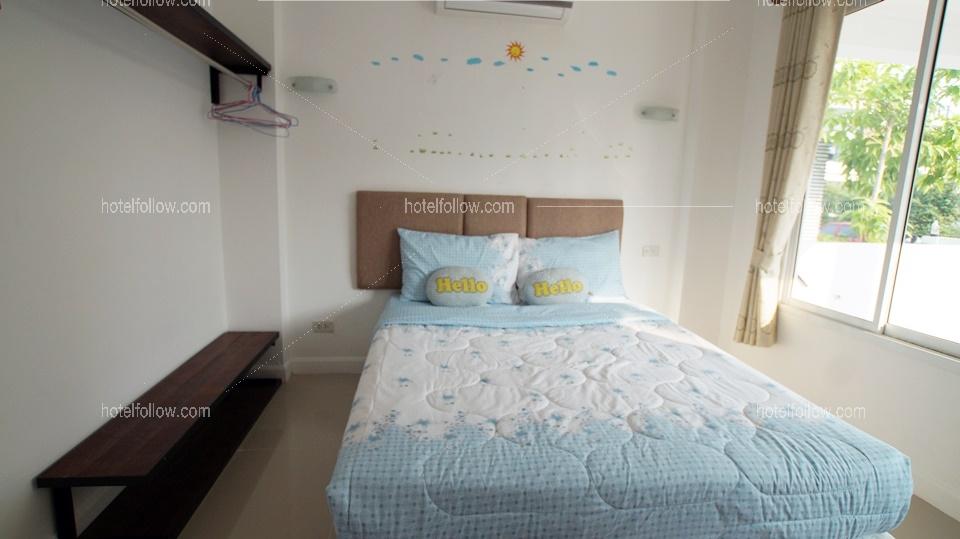 รูปของโรงแรม บ้านพรสวรรค์ พูลวิลล่า หัวหิน { 3 นอน สระส่วนตัว ทำอาหารได้ }
