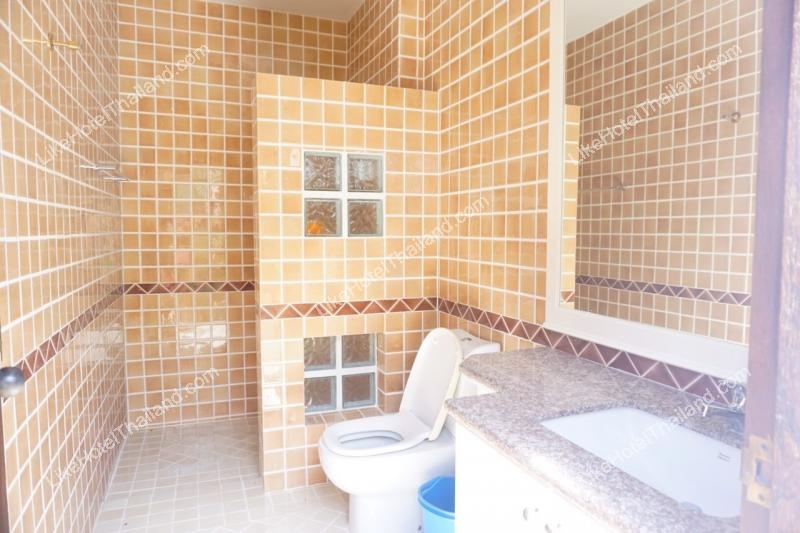 รูปของโรงแรม โรงแรม บ้านเอมเมอรัลเขาเต่าพูลวิลล่า 2