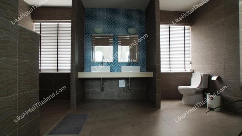 รูปของโรงแรม โรงแรม บ้านนาเดียร์ หัวหิน พูลวิลล่า { 6 นอน 8 น้ำ สระส่วนตัว }