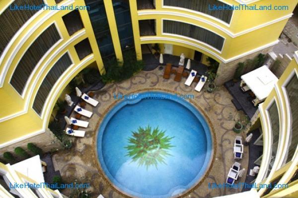 โรงแรม โฟร์ซีซั่นส์ เพลส พัทยา