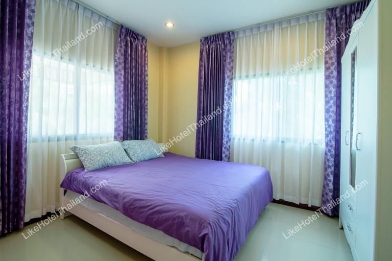 รูปของโรงแรม โรงแรม บ้านสวนน้ำหัวหิน พูลวิลล่า { 3 ห้องนอน สระส่วนตัว มีคาราโอเกะ }