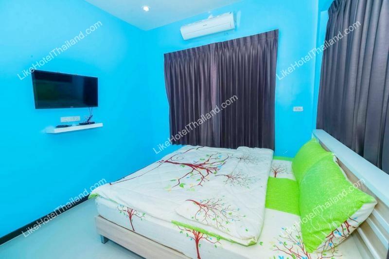 รูปของโรงแรม บ้านแอมมี่ 4 พูลวิลล่า ชะอำ {บ้านพักชะอำใกล้สวนน้ำซานโตรินี่ สระส่วนตัว}