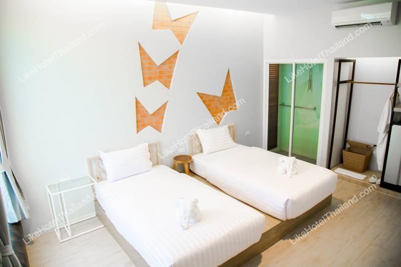 รูปของโรงแรม บ้านธีรยา  ปราณบุรี