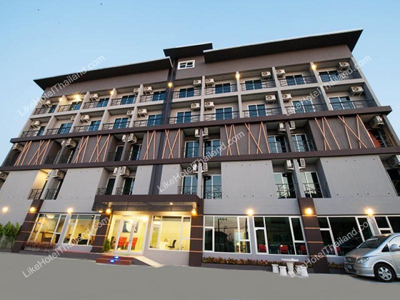 โรงแรม ดีเวลล่า รีสอร์ท สุวรรณภูมิ