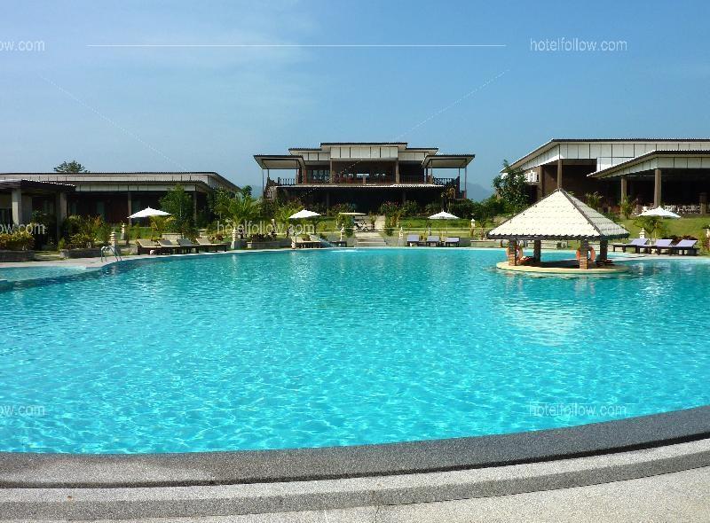 โรงแรม นาคาคีรี รีสอร์ท แอนด์ สปา กาญจนบุรี