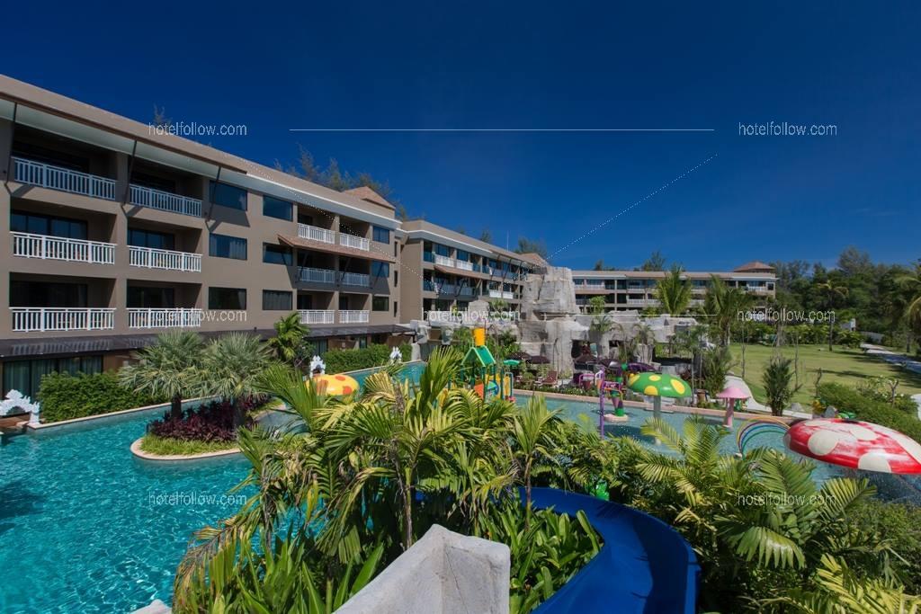 โรงแรม ไม้ขาวปาล์มบีชรีสอร์ท