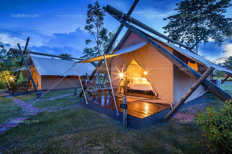 Deluxe Savanna Tent