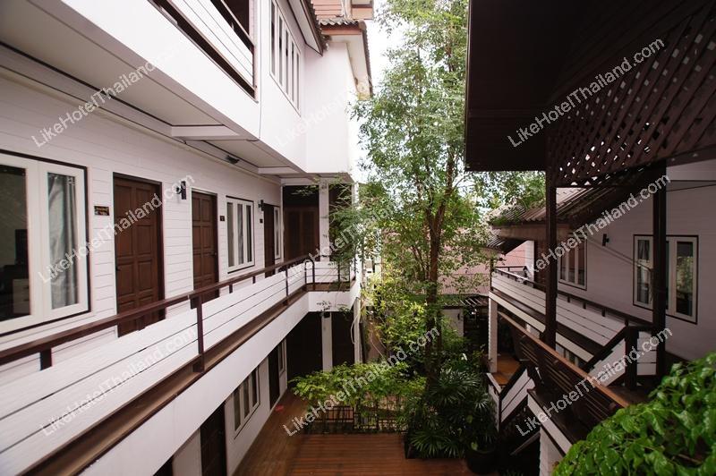 รูปของโรงแรม โรงแรม ฐณิชาฌ์ เฮลท์ตี้ รีสอร์ท อัมพวา สมุทรสงคราม