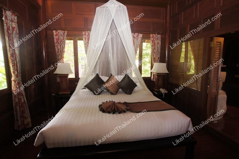 รูปของโรงแรม โรงแรม บ้านอัมพวา รีสอร์ท แอนด์ สปา สมุทรสงคราม