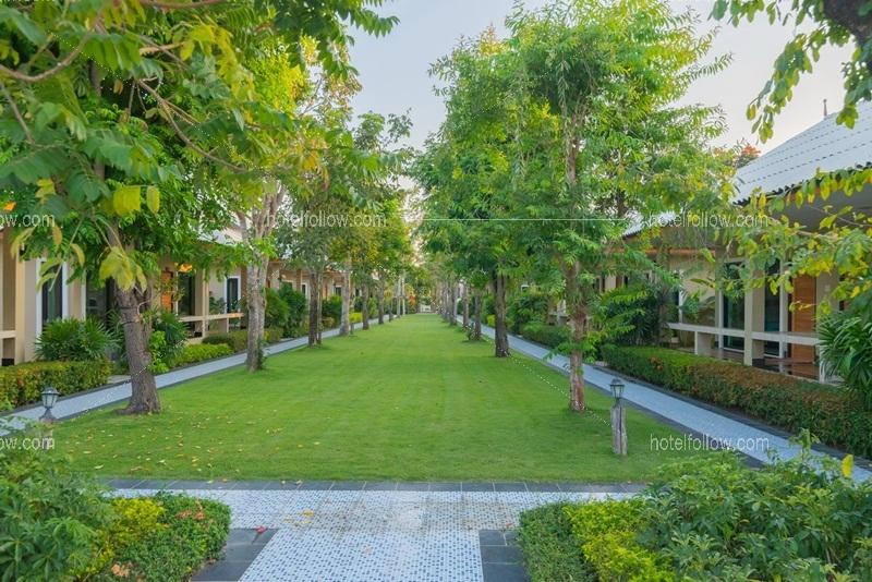 รูปของโรงแรม โรงแรม ต้นตาล รีสอร์ท ชะอำ เพชรบุรี