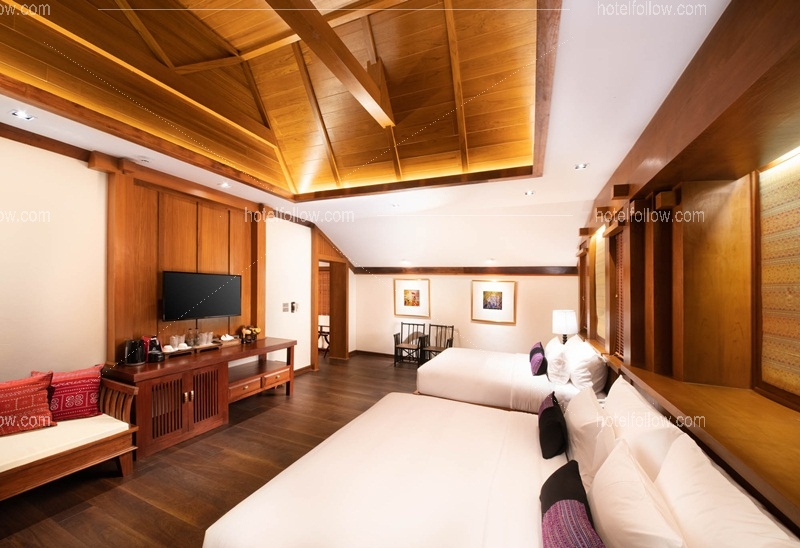 Grand Family Suite with Balcony