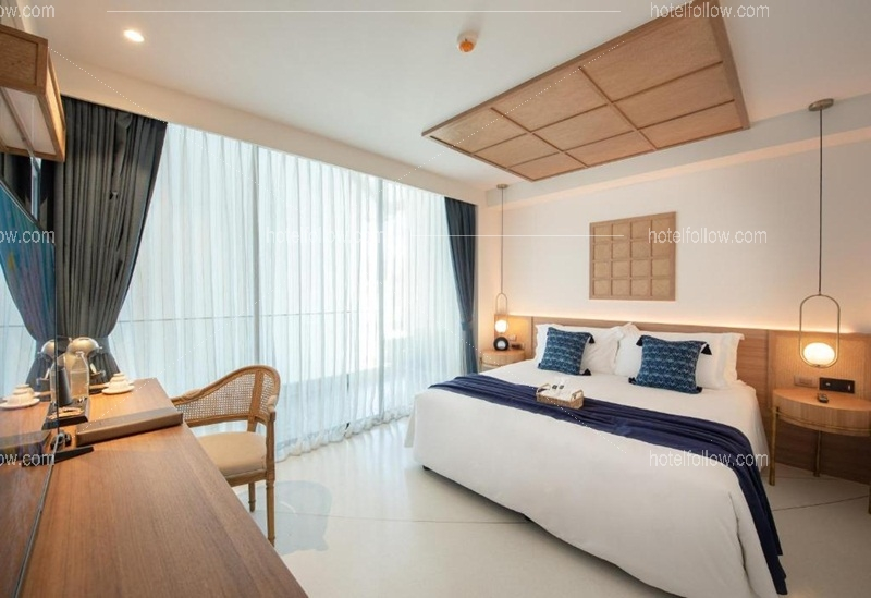 Lanna Grand Deluxe with Bathtub (Double Bed)