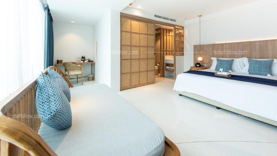 Lanna Suite Pool View (Double Bed)