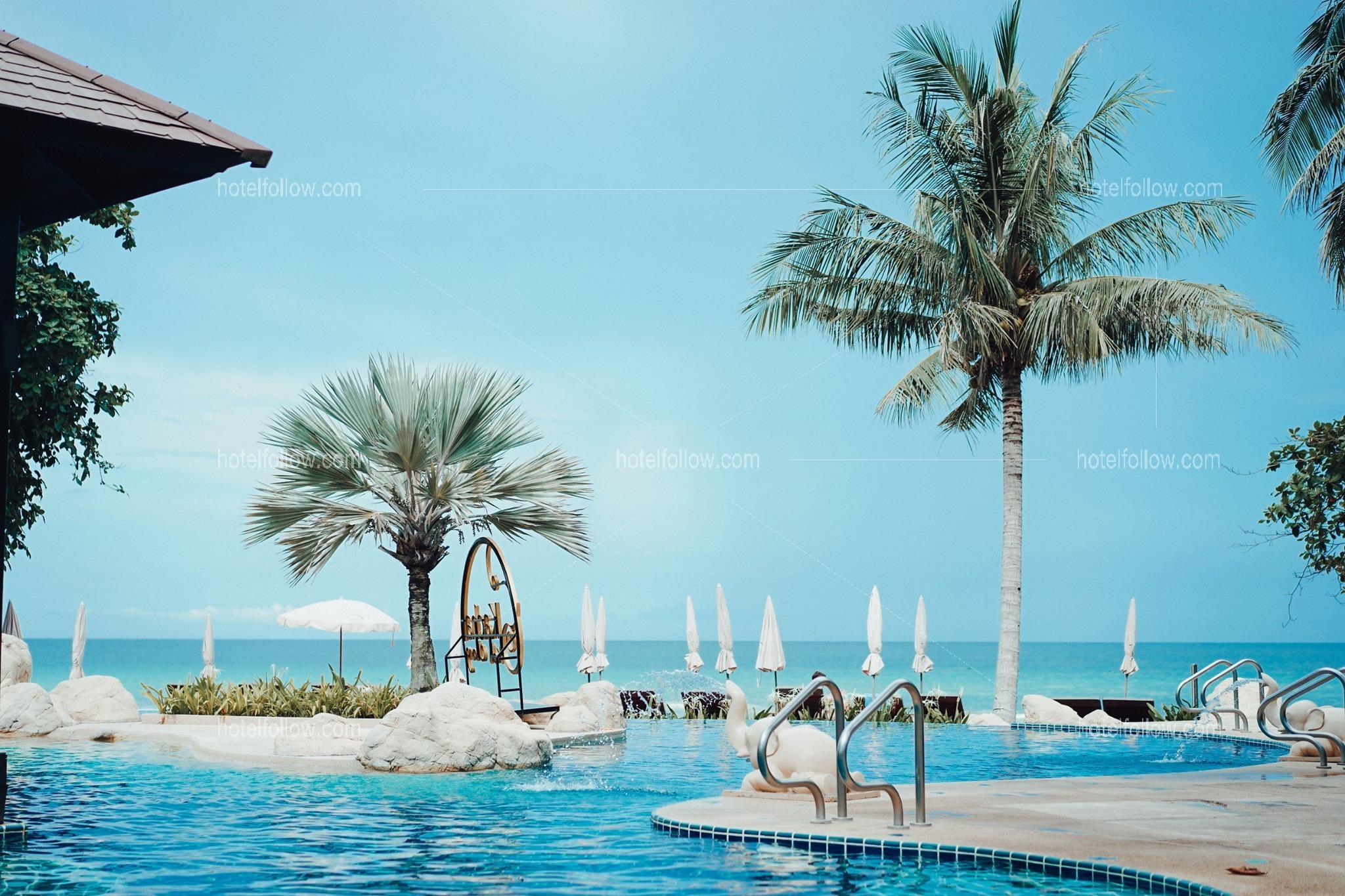 โรงแรม เกาะช้าง คชา รีสอร์ท แอนด์ สปา หาดทรายขาว