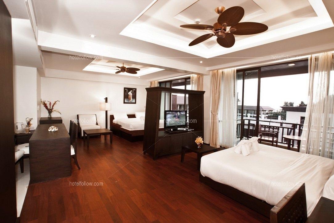 Hillside Family Suite Room