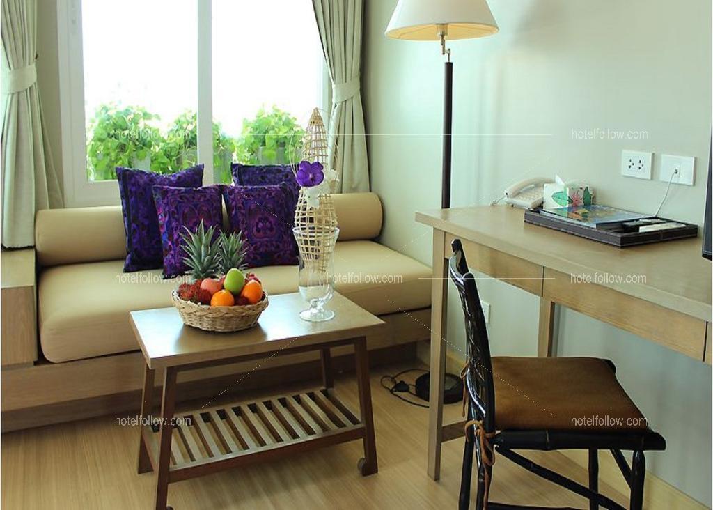รูปของโรงแรม โรงแรม นิว ฮอร์ตัน โฮเทล หัวหิน (ชื่อเดิม มานะไทย หัวหิน) ( ใกล้ตลาดโต้รุ่ง ใกล้ถนนคนเดิน มีสระว่ายน้ำ )