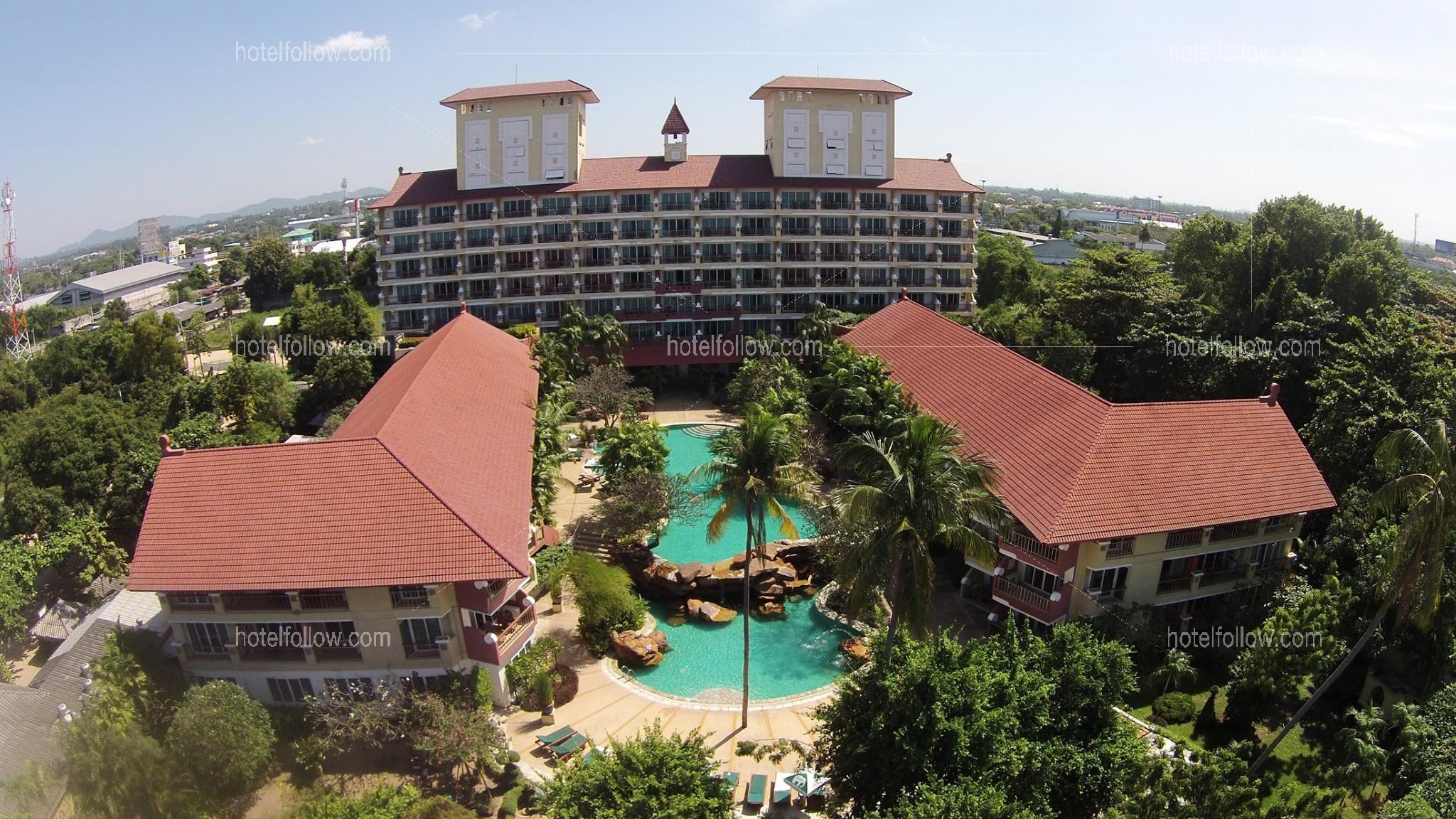 โรงแรม เบลล่าวิลล่า คาบาน่า พัทยา ชลบุรี