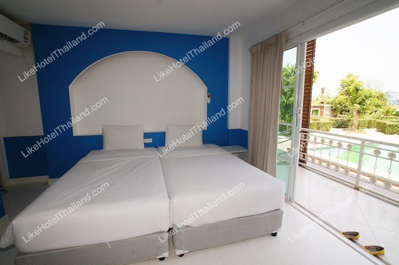 Standard Room Pool Side
