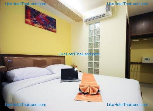โรงแรม รอยัลเอ็กเพรส สุขุมวิท 8 กรุงเทพ