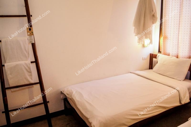 Shared Room เตียงคู่ ห้องน้ำรวม