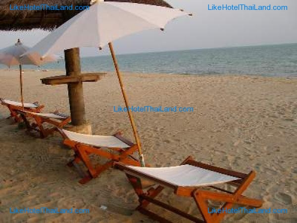 โรงแรม เรือนไทยริมหาด หาดดวงตะวัน ระยอง