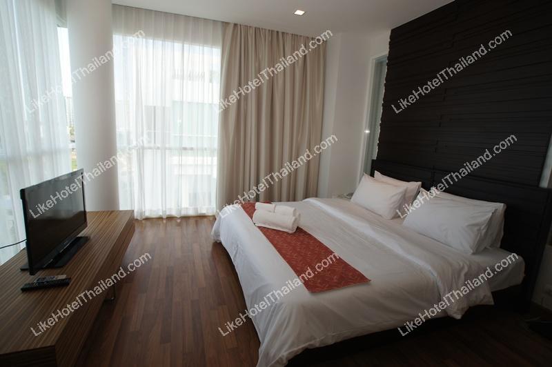Corner Suite (พัก 4 ท่าน)