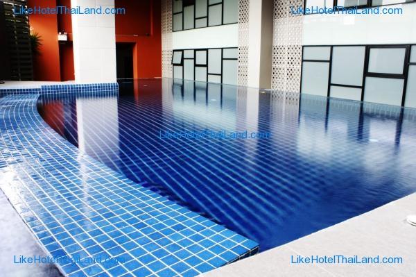 โรงแรม บียอน สวีท  (ชื่อเดิม ลักษ์ชัวรี่ สวีท กรุงเทพ)