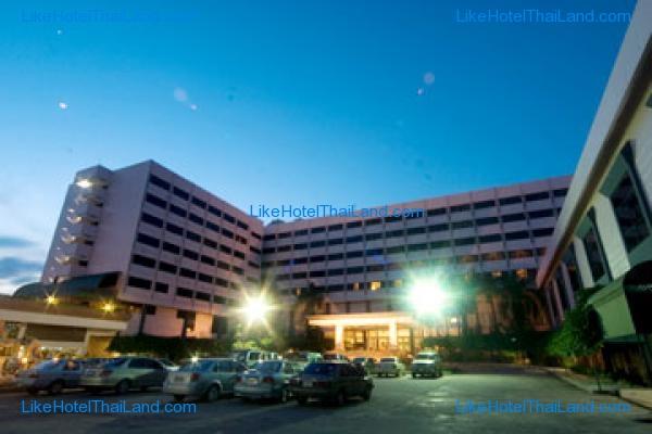โรงแรม ลาพาโลมา พิษณุโลก