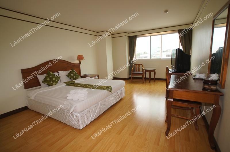 รูปของโรงแรม โรงแรม มรกต ชุมพร