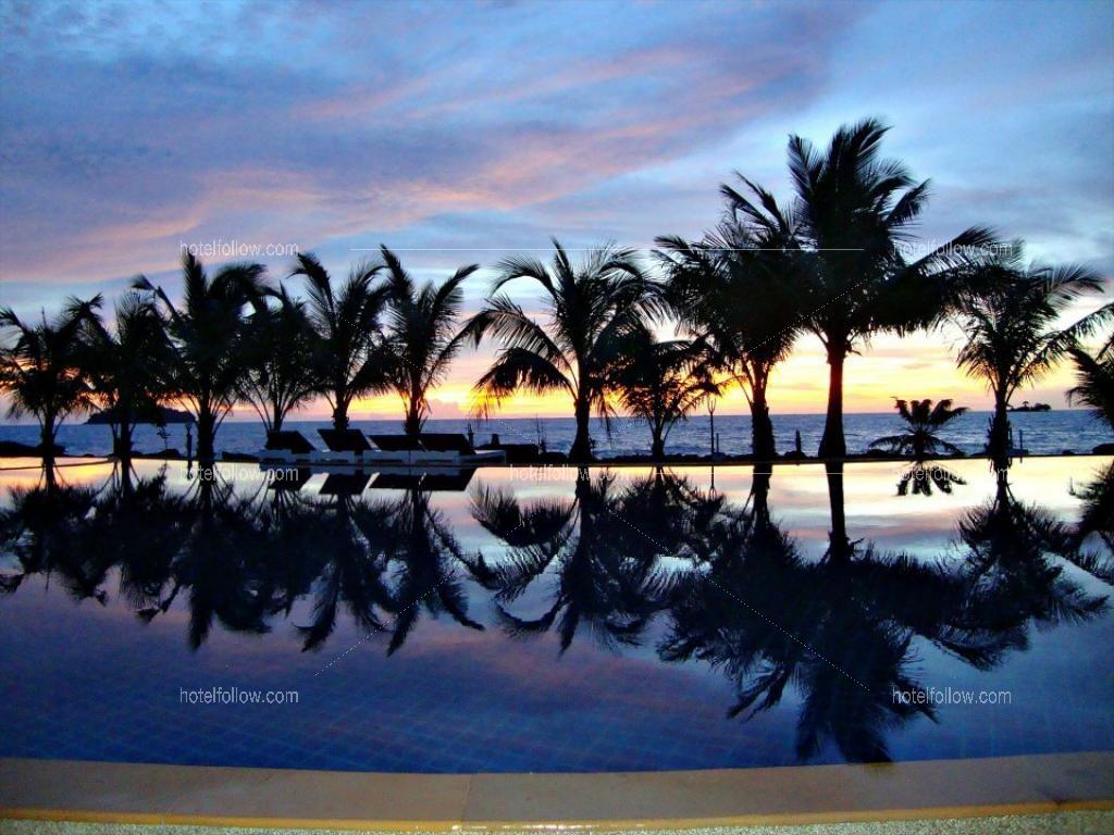 โรงแรม โครัล รีสอร์ท หาดไก่แบ้ เกาะช้าง จังหวัดตราด